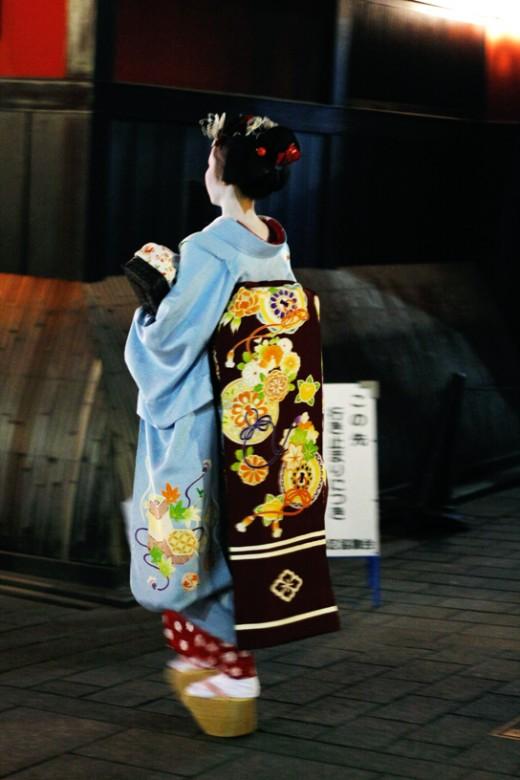 gion-geisha-2
