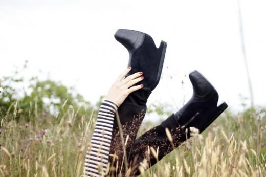 sam-edelman-balenciaga-black-boots