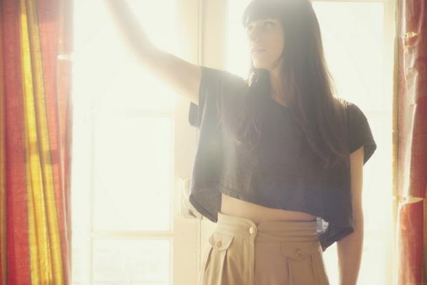 american-apparel-cropped-top-vintage-pants-1