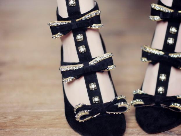 chloe-bow-suede-heels-2