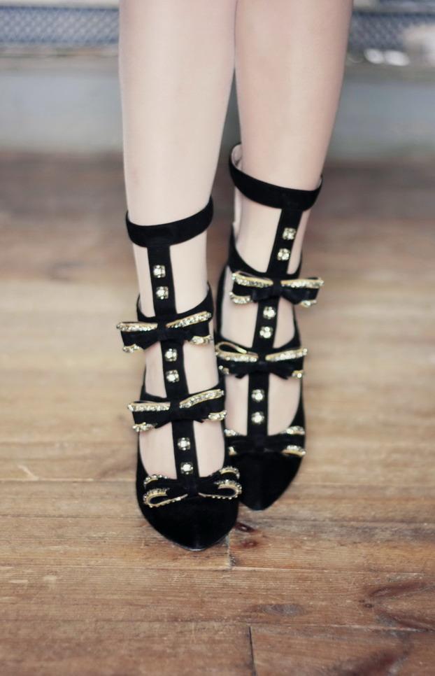 chloe-bow-suede-heels