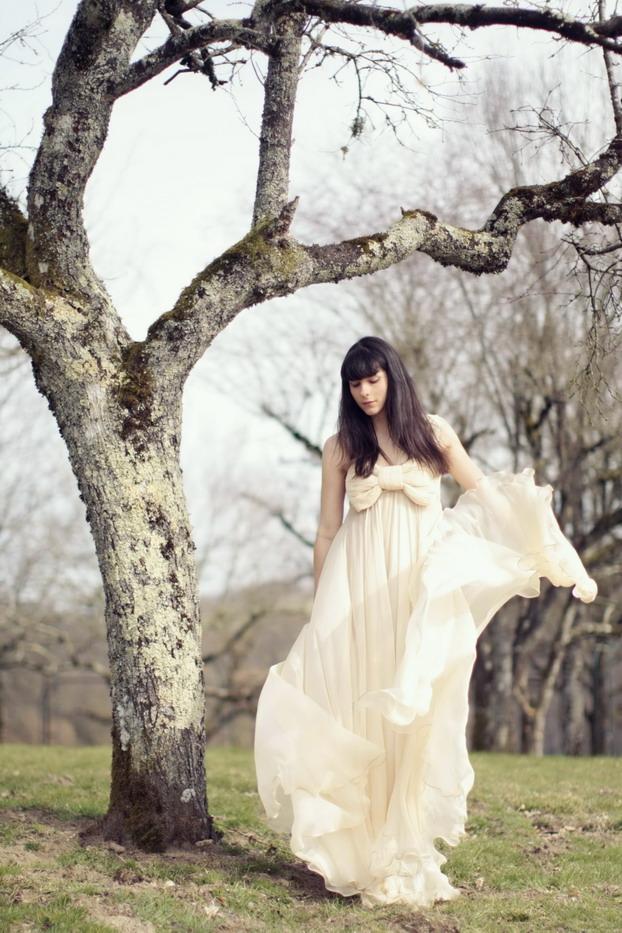 maria-lucia-hohan-bow-gown-1