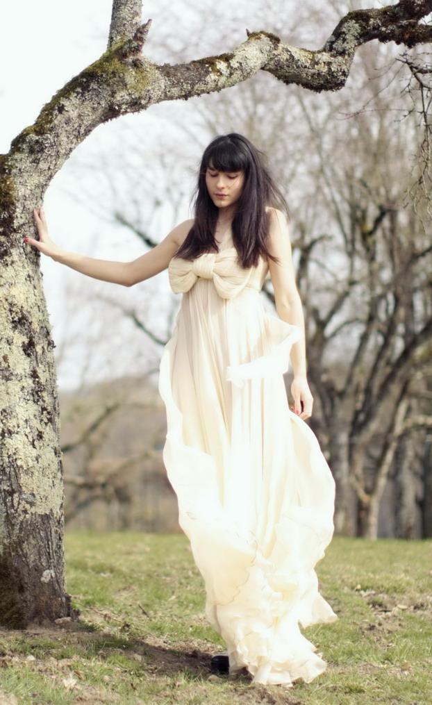 maria-lucia-hohan-bow-gown-16
