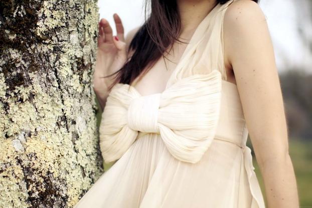 maria-lucia-hohan-bow-gown-7
