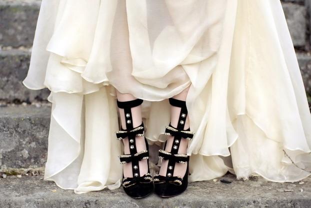 maria-lucia-hohan-bow-gown-8