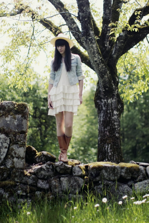 cow-girl-01