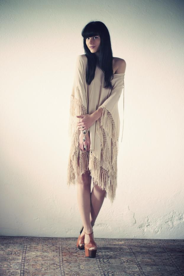 hippie-poncho-01