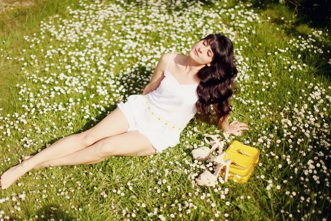 http://www.thecherryblossomgirl.com/wp-content/uploads/2012/05/daisies-09.jpg