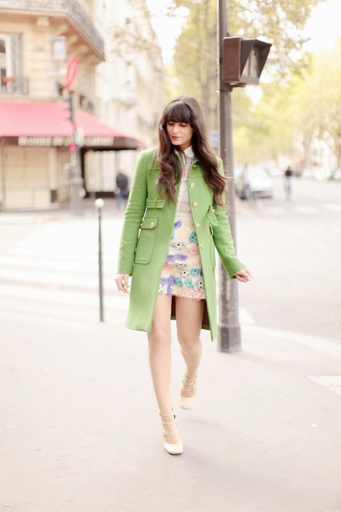 http://www.thecherryblossomgirl.com/wp-content/uploads/2012/09/Tara-Jarmon-Manteau-vert-01.jpg