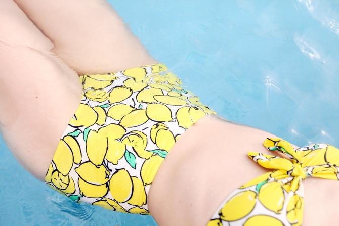 Poolside Lemon 11
