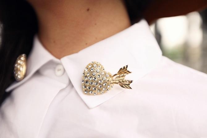 Sretsis heart pin's 2