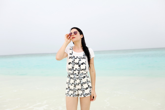 The Cherry Blossom Girl - Maldives 123