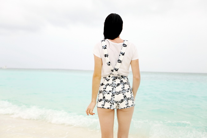 The Cherry Blossom Girl - Maldives 126