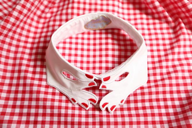 Vivetta hand collar