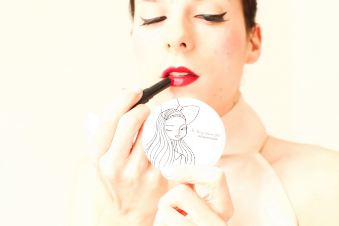 The Cherry blossom Girl x Galeries Lafayette - Makeup pin up 08