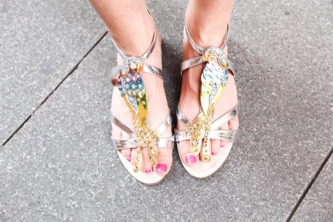 miu miu parrots sandals