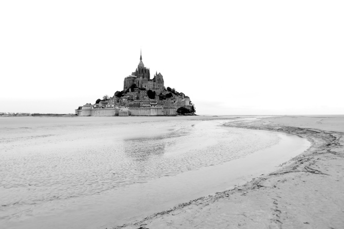 Mont St Michel - The Cherry Blossom Girl 28