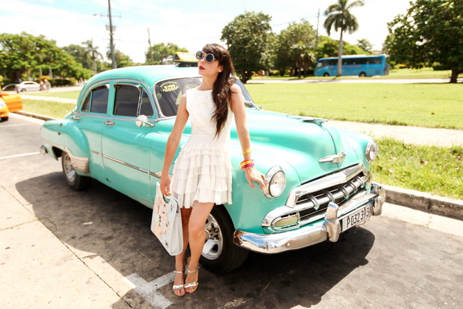 The Cherry Blossom Girl - La Havana Azul 21