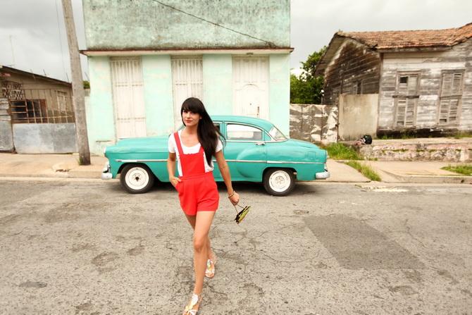 The Cherry Blossom Girl - Cienfuegos 25
