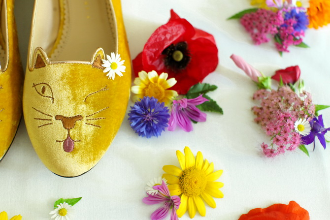 The Cherry Blossom Girl - Charlotte Olympia Cheeky Kitty 04
