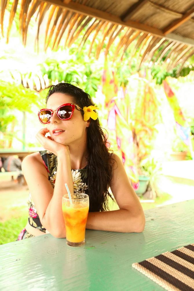 The Cherry Blossom Girl - Somewhere over the rainbow Tahiti 11