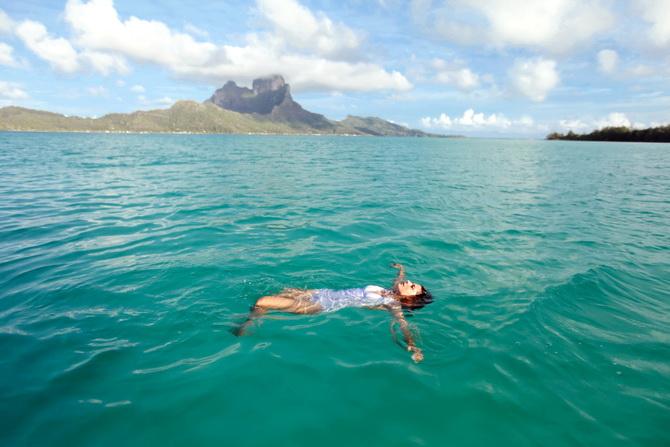 The Cherry Blossom Girl - Bora Bora 08