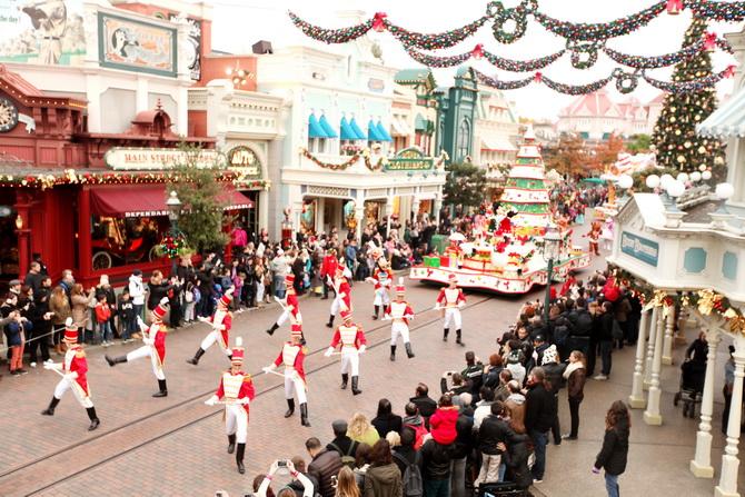 The Cherry Blossom Girl - Chistmas Disneyland paris 10