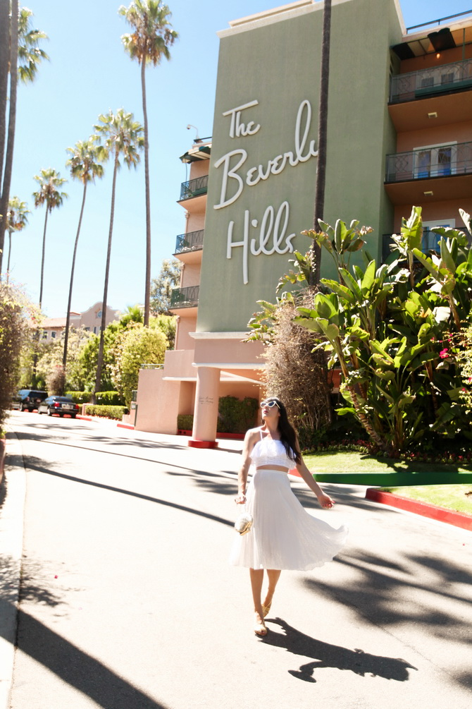 The Cherry Blossom Girl - The Beverly Hills Hotel 02